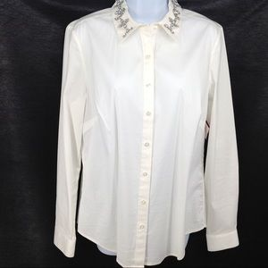 Ann Taylor jewel neck button down blouse.
